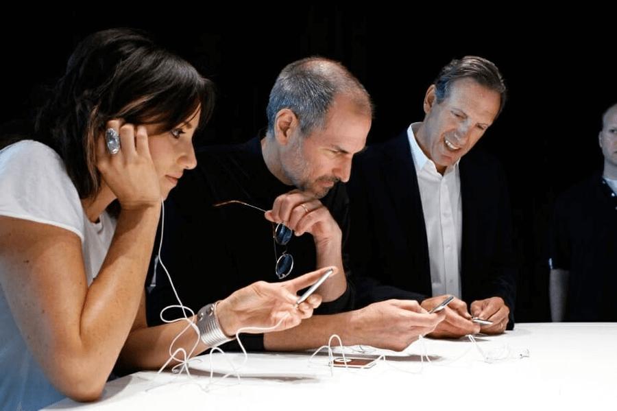 Стив Джобс и организация
